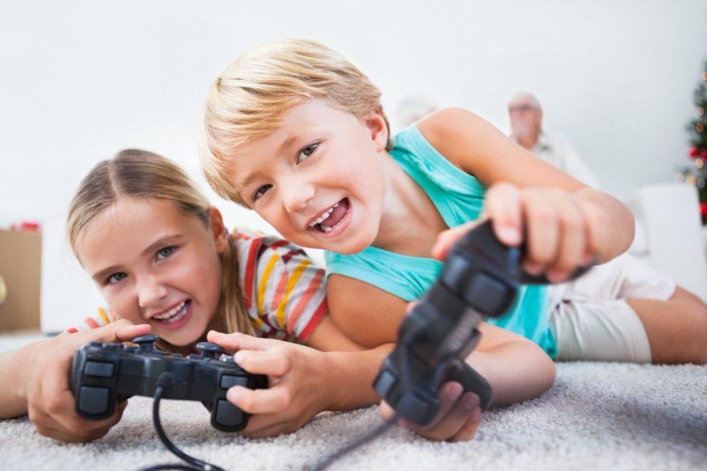 Компьютерные игры помогают развиваться воображению.